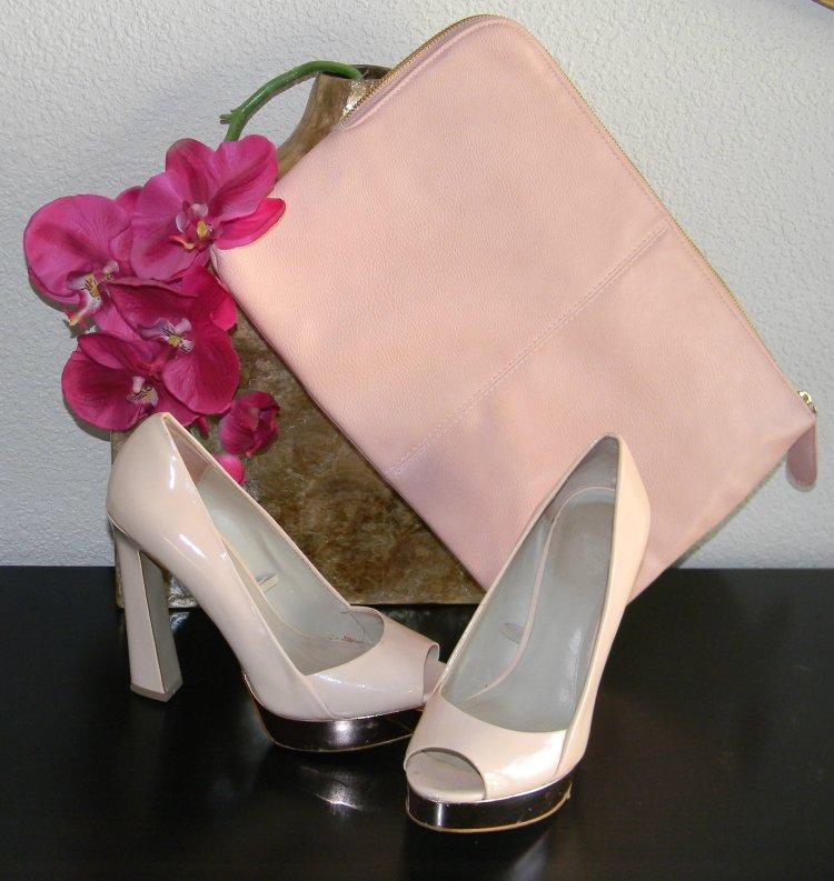 Zapatos...............Zara Cartera...........Primark