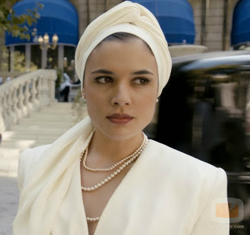 sira quiroga turbante 2